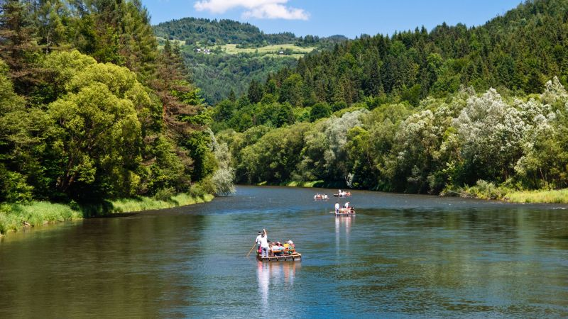Polish rafting down the Dunajec river